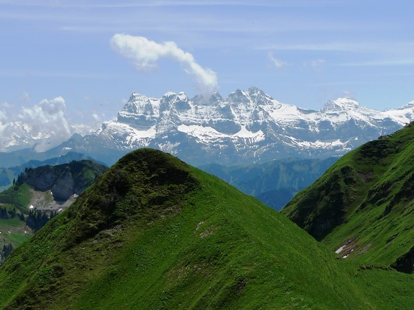 alps GR5 walking holiday panoramic alpine trail